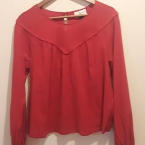 NWOT Universal Threads Sz M Red Babydoll Style top